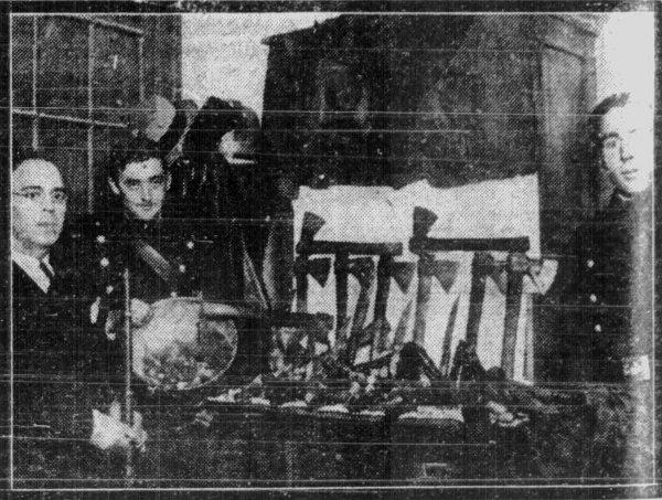 1933-4.jpg